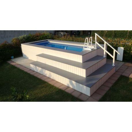 piscina fuori terra rivestita in wpc personalizzata