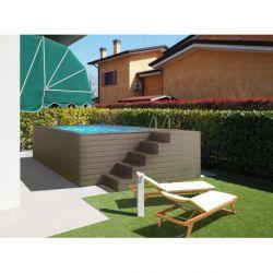 Piscina fuori terra con rivestimento in legno di pino autoclavato colore verde
