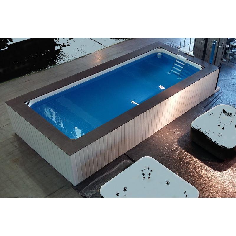 Piscina fuori terra su misura con rivestimeto in wpc - Rivestimento piscina fuori terra ...