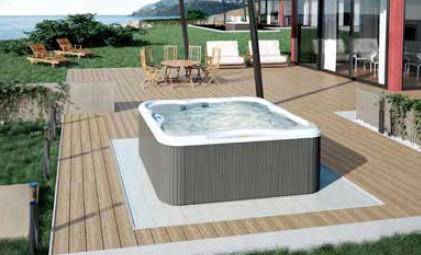 minipiscina Jacuzzi Lodge Hydro: minipiscina idromassaggio da esterno