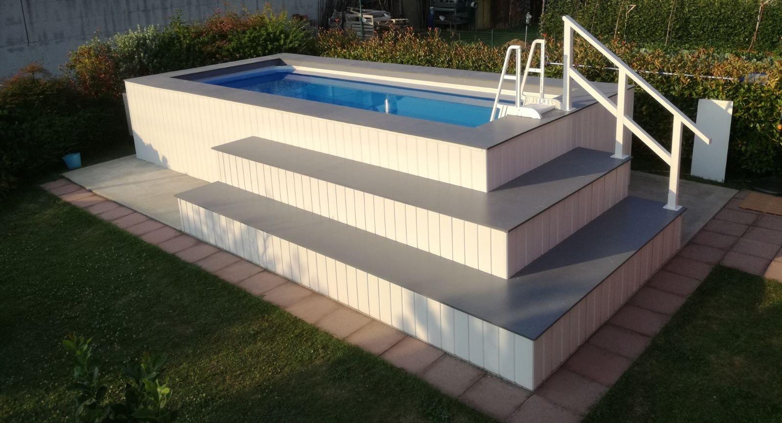 Piscina fuori terra rivestita in wpc personalizzata - Rivestire piscina fuori terra fai da te ...