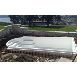 Piscina interrata 300x840xh150 cm con scala romana